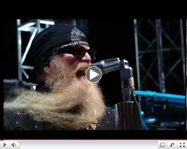 ZZ Top Live - La Grange ; Tush (Crossroads Guitar Festival)