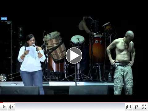 Calle 13 - Palabras Clarisa López (Oscar López) (Vivo Puerto Rico) 7/12/2014