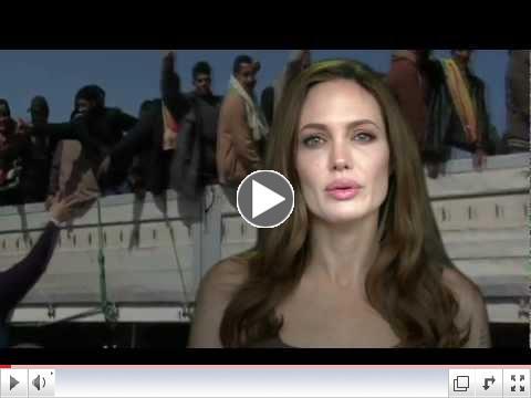 Angelina Jolie - Enginn velur a� vera fl�ttama�ur