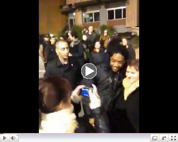LAZA MORGAN WITH FANS AT Cannes NRJ Music Awards