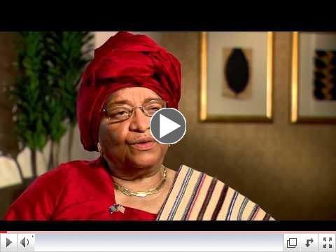 Vi�tal vi� Ellen Johnson Sirleaf um sk�rsluna