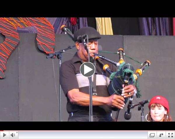 James Rivers Movement (James Rivers on bagpipes)