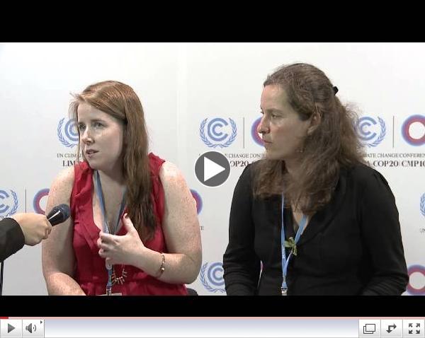 Bridget Burns, WEDO  y Sabine Bock, WECF