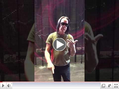 Todd Rundgren Welcomes His Round Table!