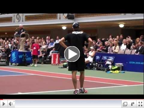 WTT Smash Hits - Roddick Impersonates McEnroe