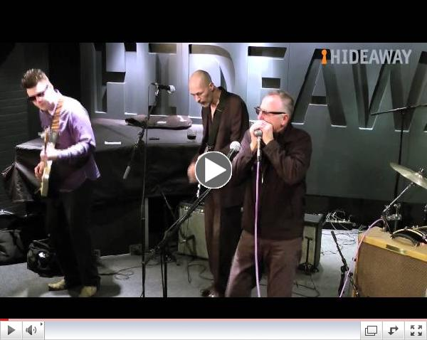 Paul Lamb and the King Snakes perform at London's top live music venue, Hideaway
