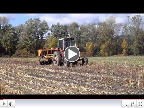 drilling rye corn stubble.MP4