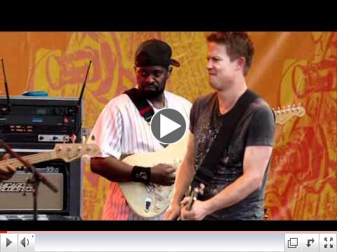 Jonny Lang, Buddy Guy & Ronnie Wood (Watch for the Bill Murray cameo)