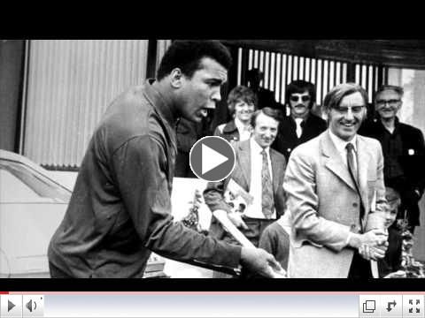 Kilkenny hurler Eddie Keher tries to teach hurling to Muhammad Ali in Dublin in 1972
