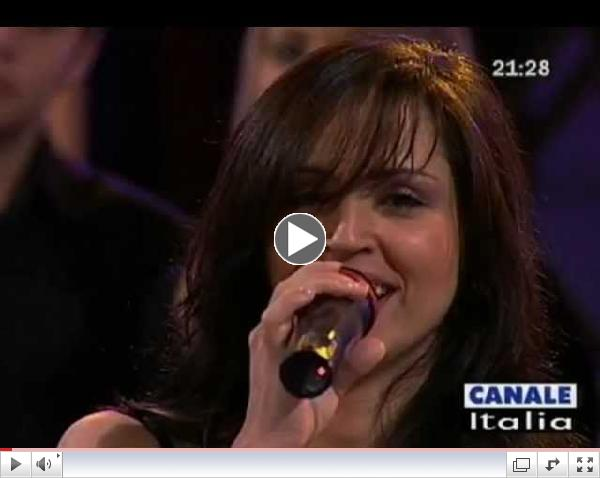La bella cantante cubana Sandra Cires se presenta por primera vez en Miami antes de parter a una extensa gira por Italia.