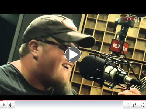KXT In-Studio Performance - Cas Haley,