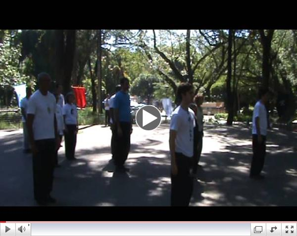Comemora????o do World Tai Chi Day 2013
