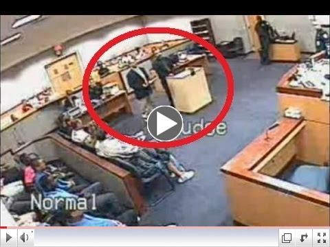 Florida Judge Fights Lawyer Outside Courtroom | Judge Fighting Attorney | Lawyer Punched By Judge