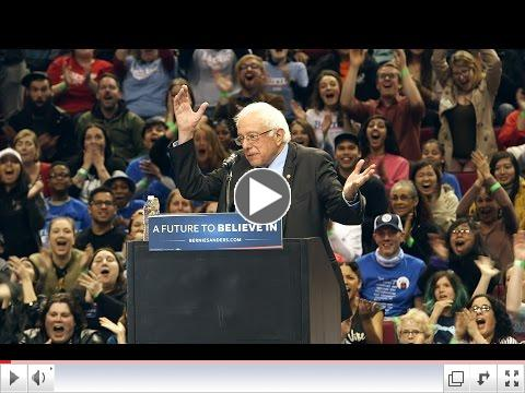 Bird Lands While Bernie Sanders Speaks in Portlandia
