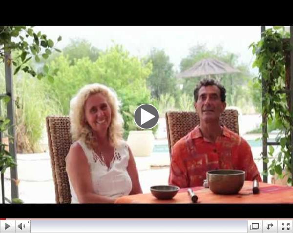 Entrevista                                                          a Nestor                                                          Kornblum y                                                          Michele Averard,                                                          Cursos de                                                          Terapia del                                                          Sonido.mpg