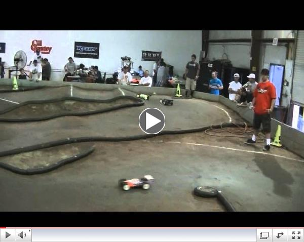 1/8 Scale Buggy at Rainmans Hobbies Round 6 2013 JBRL Electric Series