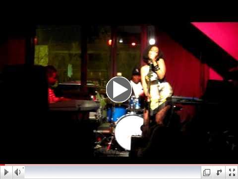 NIA LIVE @ REFUGE Sundays with VERZATILE band (Musiq...SO BEAUTIFUL)