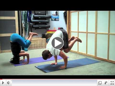 EZIA Yoga Crow