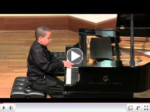 Joshua Mhoon playing Mendelssohn at Merit School of Music in Chicago