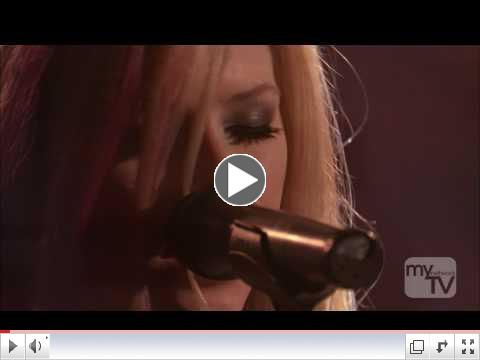 Avril Lavigne -Keep Holding On- Live from The Roxy Theater [16-10-07] .1080p